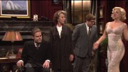 "Abby Elliott kissing Helen Mirren in SNL sketch ""The Roosevelts"""